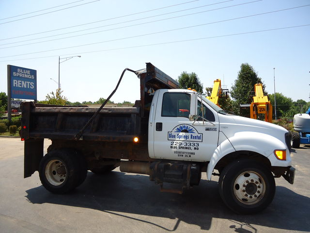 Ford dumptruck for sale or rent sunflower equipment rental topeka lawrence bluesprings