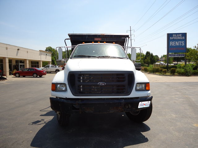 Ford Dumptruck for rent or sale sunflower equipment rental topeka lawrence blue springs kansas