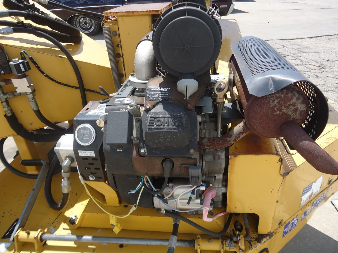 "Vermeer 625A 6"" wood chipper for sale or rent sunflower equipment rental topeka lawrence blue springs kansas missouri"