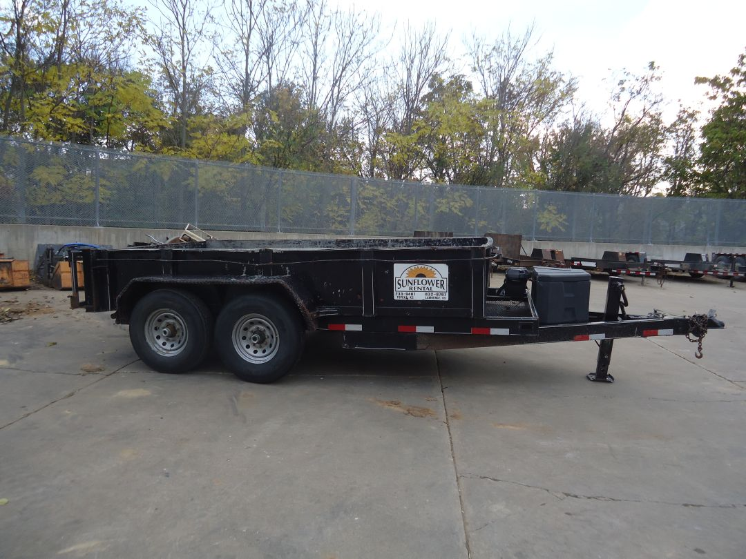 Titan Hydraulic Dump  Trailer for sale or rent sunflower equipment rental topeka lawrence blue springs kansas missouri