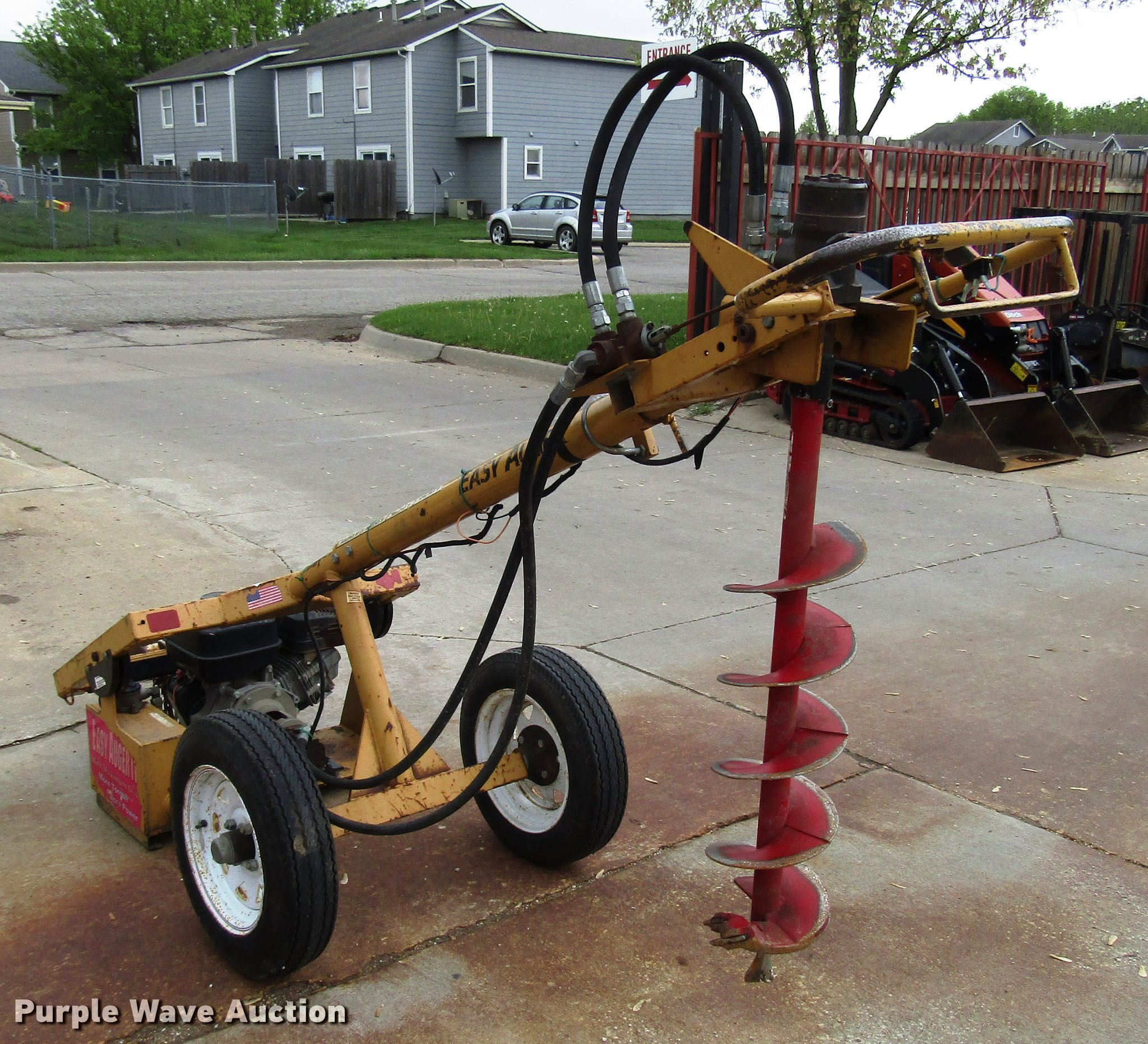 Easy Auger One Man Towable Auger for sale or rent sunflower equipment rentals topeka lawrence kansas blue springs missouri
