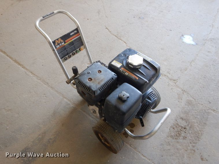 Mi-T-M 4000 PSI Pressure Washer for sale or rent sunflower equipment rental topeka lawrence kansas blue springs missouri